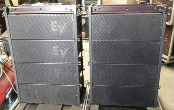 Electro Voice XLD281 / XLD291 line array