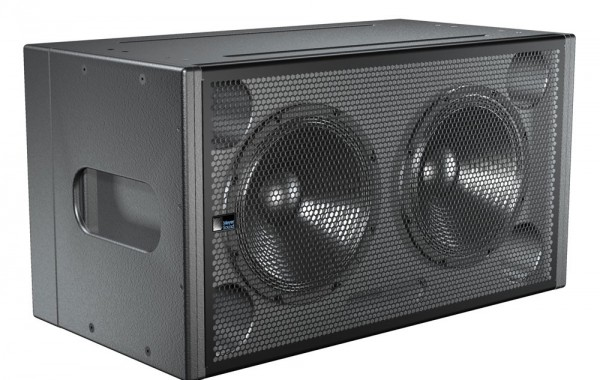 4x Meyersound 600-HP SUB